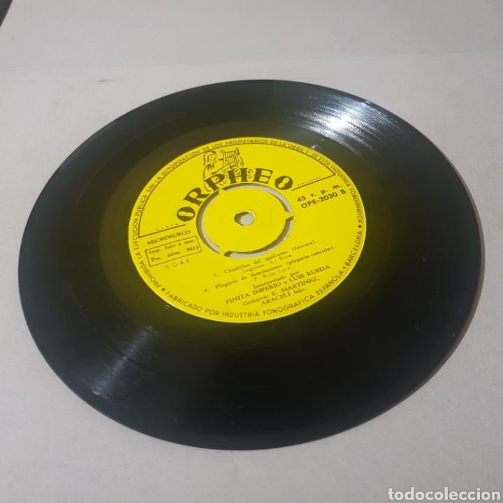 Discos de vinilo: FINITA IMPERIO - CAMPANILLEROS GITANOS - QUE YO QUE SI - CHUFLILLAS DEL QUIEREME - PLEGARIA DE ... - Foto 3 - 194356200