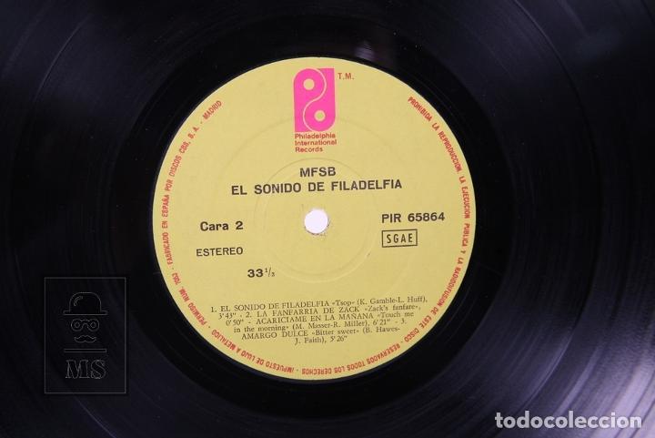 Discos de vinilo: Disco LP De Vinilo - MFSB El Sonido de Filadelfia - Philadelphia International Records - Año 1974 - Foto 2 - 194489687