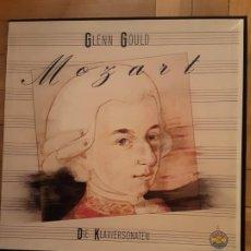 Discos de vinilo: MOZART - GLENN GOULD CAJA CON 5 LPS+LIBRETO. Lote 194535508