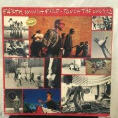 Discos de vinilo: EARTH, WIND & FIRE TOUCH THE WORLD 1978. Lote 194577256