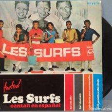 Discos de vinilo: EP. LES SURFS CANTAN EN ESPAÑOL. Lote 194611397