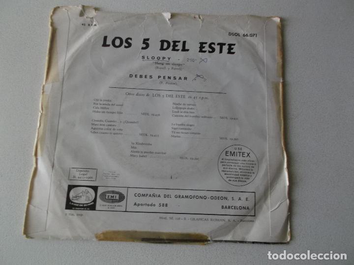 Discos de vinilo: LOS 5 DEL ESTE, SLOOPY,DEBES PENSAR, ODEON 1966 - Foto 4 - 194674140