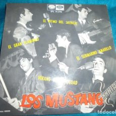 Discos de vinilo: LOS MUSTANG. SUBMARINO AMARILLO + 3. EP. LA VOZ DE SU AMO, 1966. Lote 194678010