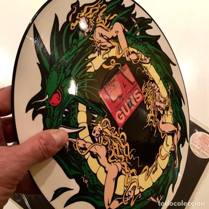 Discos de vinilo: Maxisingle Vinilo 45 RPM, L.A. GUNS, Limited edition 12in Picture Disc, Phonogram U.K.- 1991 - RARO - Foto 3 - 194735795