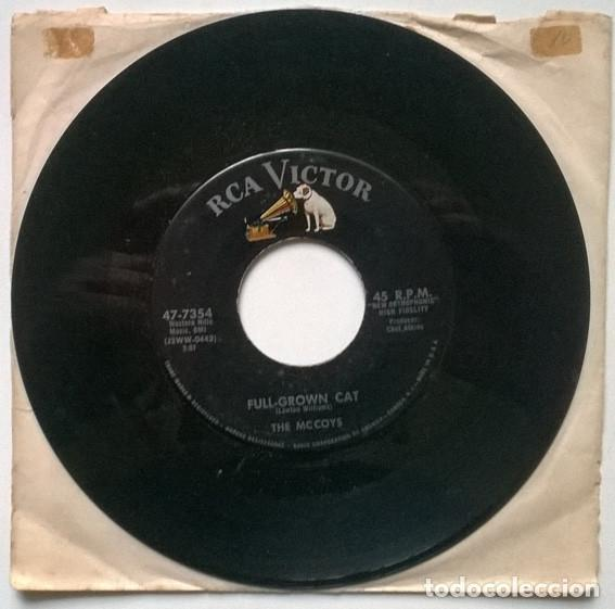 THE MCCOYS. THROWING KISSES/ FULL-GROWN CAT. RCA-VICTOR, USA 1958 SINGLE (Música - Discos - Singles Vinilo - Rock & Roll)