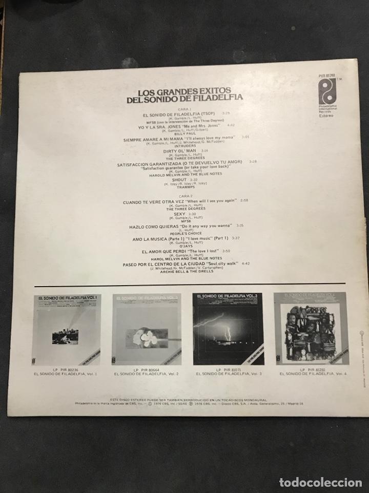 Discos de vinilo: LOS GRANDES ÉXITOS DEL SONIDO DE FILADELFIA LP DE 1976 - Foto 2 - 194777187
