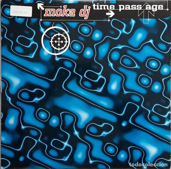 MOKA DJ - TIME PASS AGE (Música - Discos de Vinilo - Maxi Singles - Techno, Trance y House)