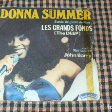 Discos de vinilo: DONNA SUMMER ‎– DOWN, DEEP INSIDE LES GRAND FONDS, CASABLANCA ‎– 45 CB 140297, 1977.. Lote 194928071