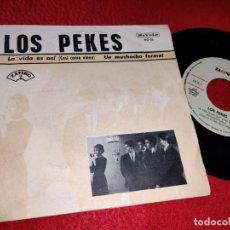 Discos de vinilo: LOS PEKES LA VIDA ES ASI/UN MUCHACHO FORMAL 7'' SINGLE 1966 NOVOLA PROMO. Lote 194965600