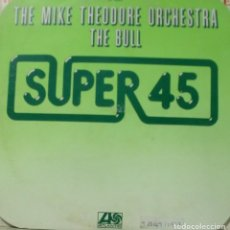 Discos de vinilo: THE MIKE THEODORE ORCHESTRA - THE BULL MAXI SINGLE SPAIN 1977. Lote 195036838