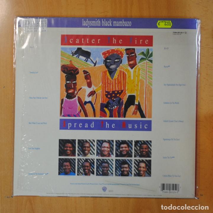 Discos de vinilo: LADYSMITH BLACK MAMBAZO - TWO WORLDS ONE HEART - LP - Foto 2 - 195071567