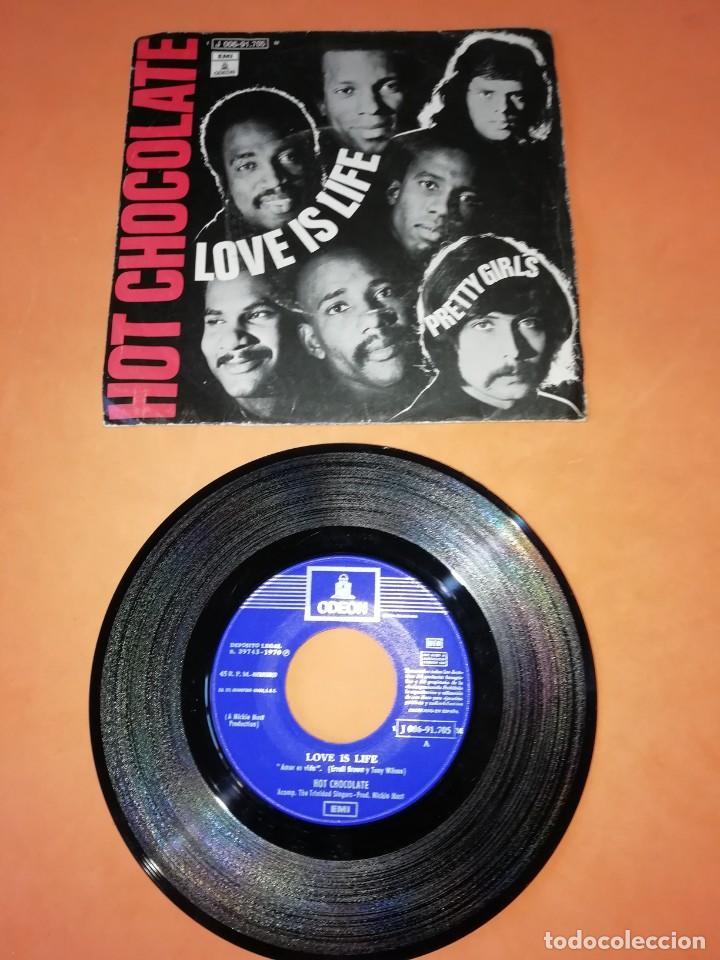 HOT CHOCOLATE. LOVE IS LIFE. PRETTY GIRLS. ODEON RECORDS 1970 (Música - Discos - Singles Vinilo - Funk, Soul y Black Music)