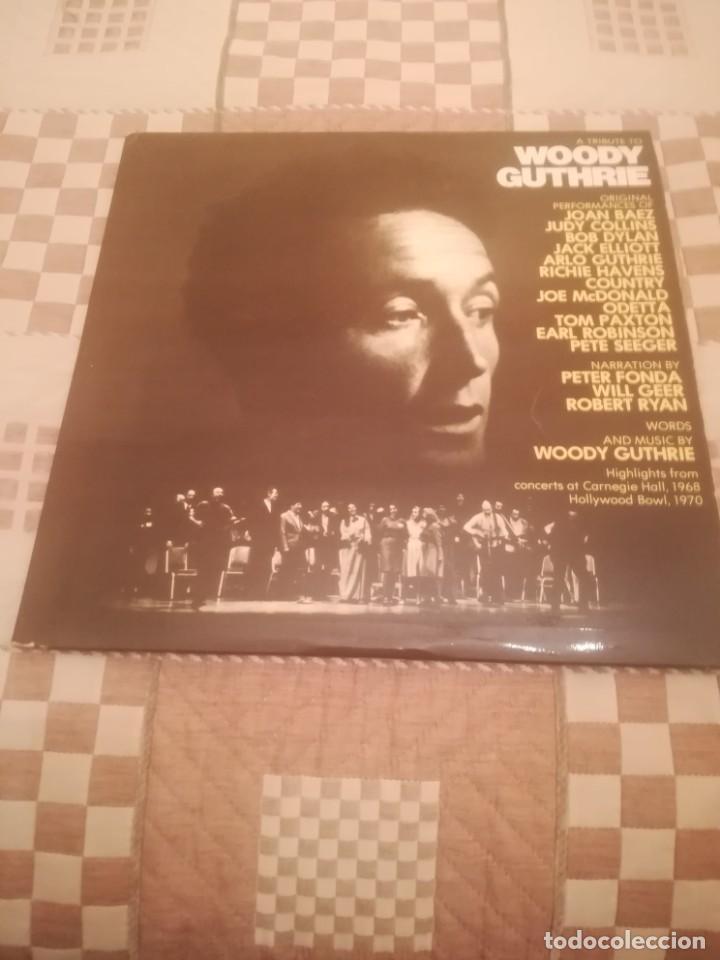A TRIBUTE TO WOODY GUTHRIE. JOAN BAEZ, BOB DYLAN...WARNER 500-193/194.ESPAÑA 1977. (Música - Discos - LP Vinilo - Cantautores Extranjeros)