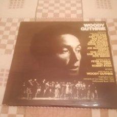 Discos de vinilo: A TRIBUTE TO WOODY GUTHRIE. JOAN BAEZ, BOB DYLAN...WARNER 500-193/194.ESPAÑA 1977.. Lote 195103300