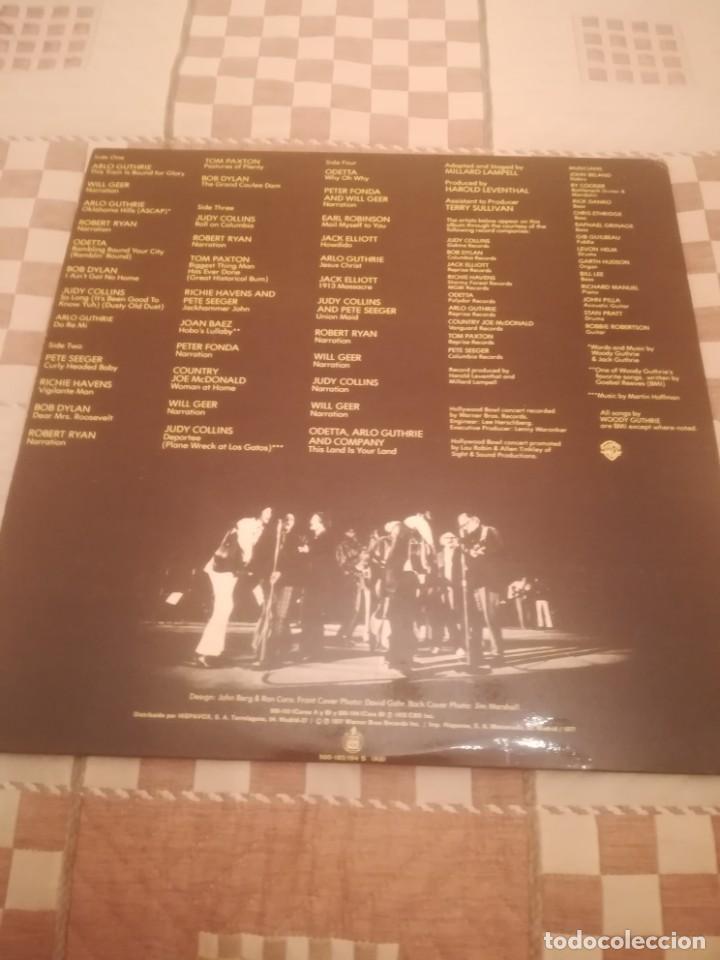 Discos de vinilo: A Tribute to Woody Guthrie. Joan Baez, Bob Dylan...Warner 500-193/194.España 1977. - Foto 2 - 195103300