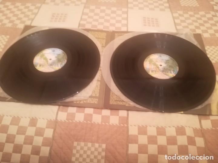 Discos de vinilo: A Tribute to Woody Guthrie. Joan Baez, Bob Dylan...Warner 500-193/194.España 1977. - Foto 5 - 195103300