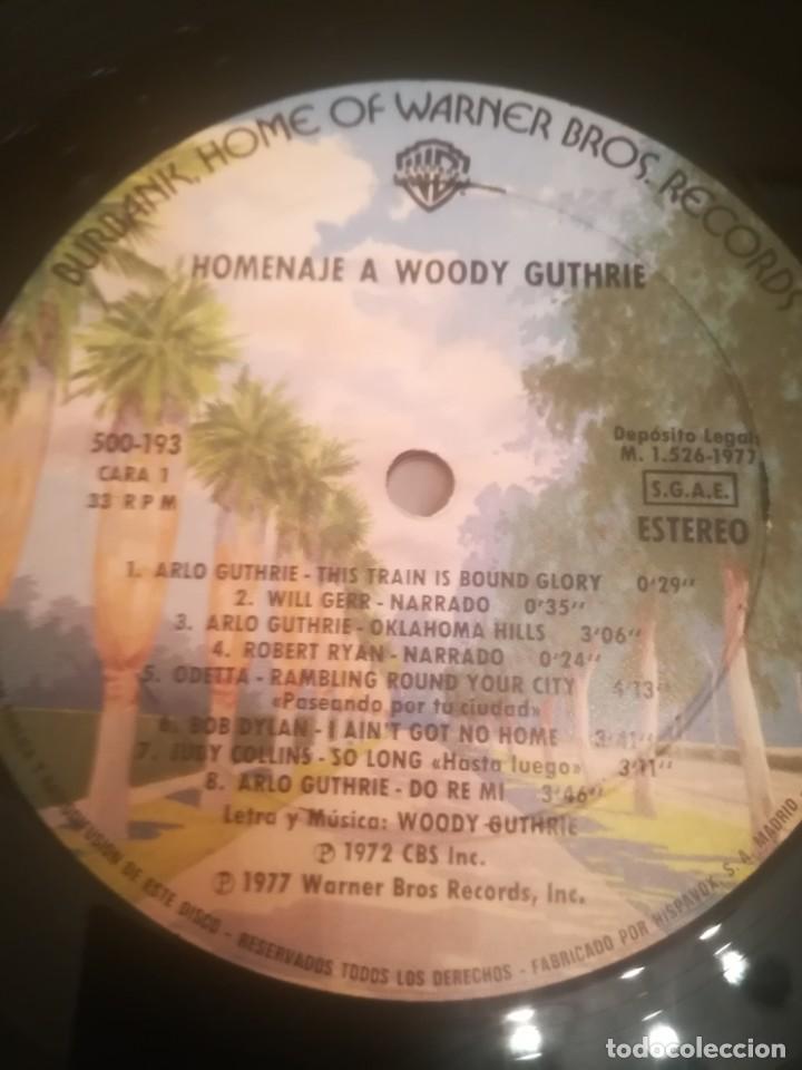 Discos de vinilo: A Tribute to Woody Guthrie. Joan Baez, Bob Dylan...Warner 500-193/194.España 1977. - Foto 6 - 195103300