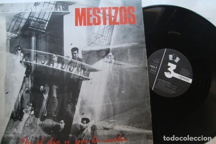 MESTIZOS - POR EL DIA Y POR LA NOCHE . LP. (Música - Discos - LP Vinilo - Grupos Españoles de los 70 y 80)