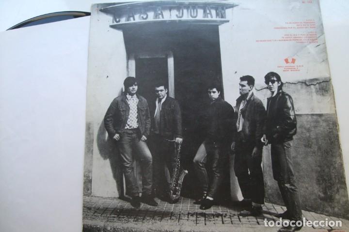 Discos de vinilo: MESTIZOS - POR EL DIA Y POR LA NOCHE . LP. - Foto 2 - 195131353