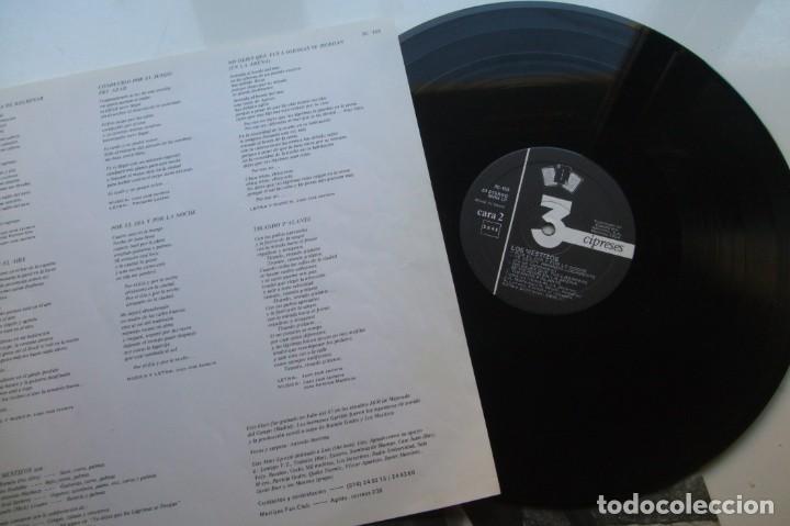 Discos de vinilo: MESTIZOS - POR EL DIA Y POR LA NOCHE . LP. - Foto 3 - 195131353