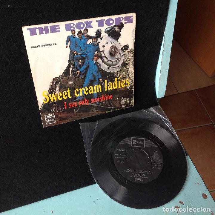 Discos de vinilo: THE BOX TOPS - SWEET CREAM LADIES / I SEE ONLY SUNSHINE - EDICION ESPAÑOLA - EMI 1969 - Foto 2 - 195263841
