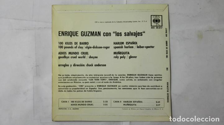 Discos de vinilo: DISCO SINGLE - ENRIQUE GUZMAN CON LOS SALVAJES, 100 KILOS DE BARRO Y TRES MAS, AÑO 1962, DISCOS CBS - Foto 2 - 195300090