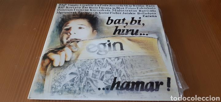 DOBLE DISCO VINILO BAT,BI,HIRU...HAMAR!! (Música - Discos - LP Vinilo - Punk - Hard Core)