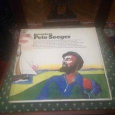 Discos de vinilo: PETE SEEGER.EL MUNDO DE PETE SEEGER.CBS S 68201.VINILO DOBLE.EDICIÓN ESPAÑOLA 1973.. Lote 195394845