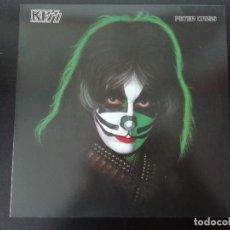 Discos de vinilo: KISS: PETER CRISS - LP (REED. 2014) - CON POSTER INCLUIDO. Lote 195478657