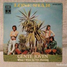 Discos de vinilo: LONE STAR - GENTE JOVEN / WHEN I WOKE UP THIS MORNING - SINGLE EMI ODEON DEL AÑO 1972 BUEN ESTADO. Lote 195521463