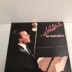 Discos de vinilo: JULIO IGLESIA EN CONCIERTO. Lote 195547513