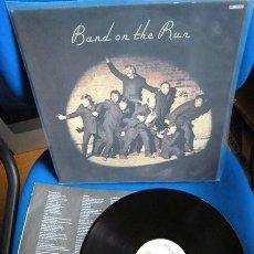 Discos de vinilo: BEATLES PAUL MCCARTNEY RE EDICION BAND ON THE RUN LABEL EMI ODEON ESPAÑA AÑOS 80 EXCELENTE ESTADO . Lote 196044252