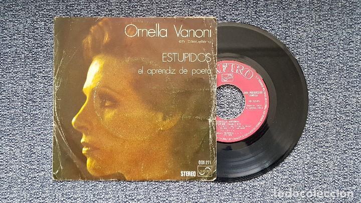 ORNELLA VANONI - ESTUPIDOS / EL APRENDIZ DE POETA. EDITADO POR ZAFIRO. AÑO 1.974 (Música - Discos de Vinilo - EPs - Canción Francesa e Italiana)