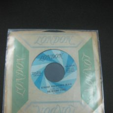 Discos de vinilo: THE ROLLING STONES. STREET FIGHTING MAN - NO EXPECTATIONS. MADE IN USA. GUIDEON MUSIC XDR 43221.. Lote 196590017