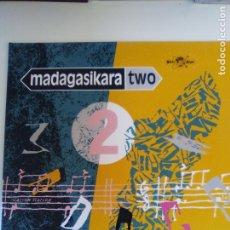 Discos de vinilo: MADAGASIKARA TWO MADAGASCAR MUSIC ( 1985 GLOBE STYLE UK ) AFRICA EXCELENTE ESTADO. Lote 196641667