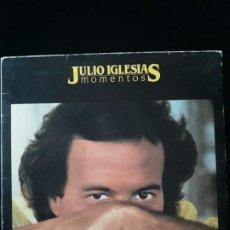 Discos de vinilo: DISCO VINILO LP DE JULIO IGLESIAS. MOMENTOS CBS 1982. Lote 196648642