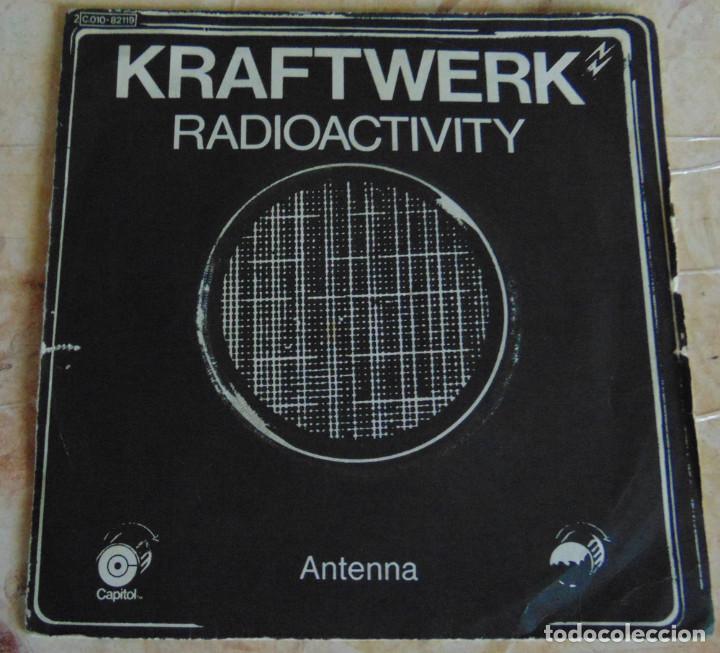 KRAFTWERK– RADIOACTIVITY - SINGLE 1976 (Música - Discos - Singles Vinilo - Techno, Trance y House)