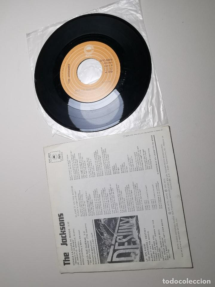 Discos de vinilo: The Jacksons - Echale La Culpa Al Boogie (Single) (Epic) EPC 6683 - Foto 6 - 197476355