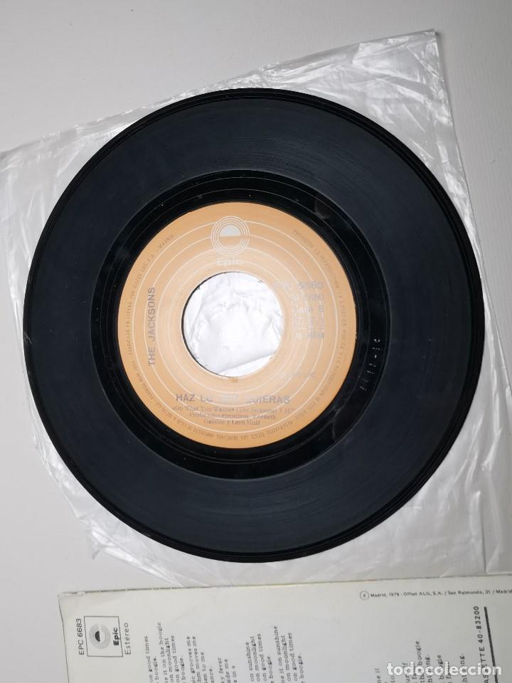 Discos de vinilo: The Jacksons - Echale La Culpa Al Boogie (Single) (Epic) EPC 6683 - Foto 7 - 197476355