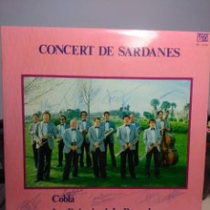 Discos de vinilo: LP COBLA LA PRINCIPAL DE BARCELONA : CONCERT DE SARDANES ( FIRMADO POR LOS 11 MIEMBROS DE LA COBLA ). Lote 197482620