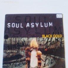 Discos de vinilo: SOUL ASYLUM BLACK GOLD / SOMEBODY TO SHOVE ( 1993 SONY HOLLAND ). Lote 197677658