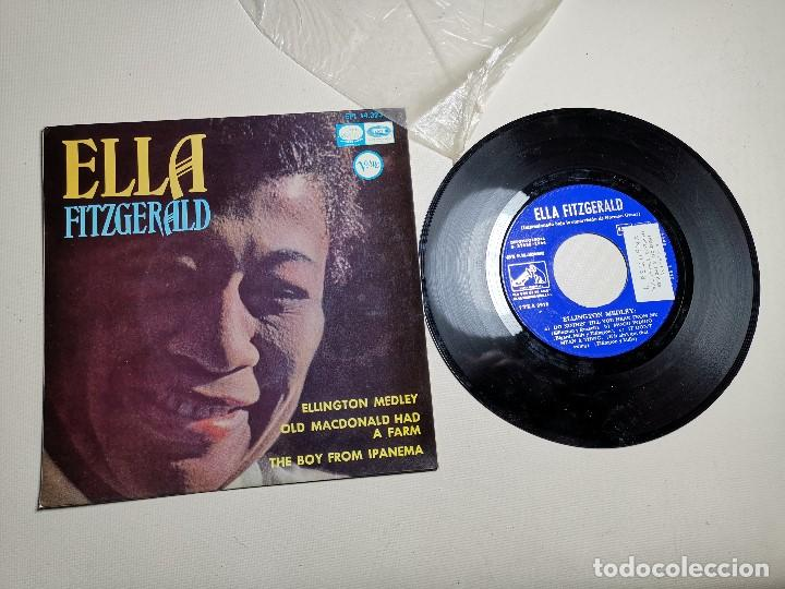 Discos de vinilo: Ella Fitzgerald – Ellington Medley / Old Macdonald Ha A Farm / The Boy From Ipanema - EP 1966 - Foto 4 - 197760421