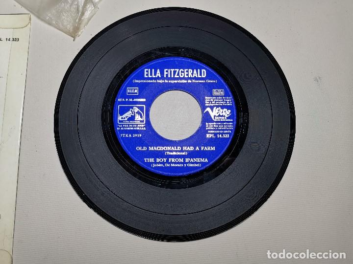 Discos de vinilo: Ella Fitzgerald – Ellington Medley / Old Macdonald Ha A Farm / The Boy From Ipanema - EP 1966 - Foto 9 - 197760421