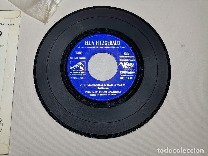 Discos de vinilo: Ella Fitzgerald – Ellington Medley / Old Macdonald Ha A Farm / The Boy From Ipanema - EP 1966 - Foto 10 - 197760421