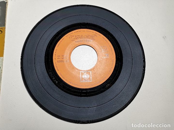Discos de vinilo: MAHALIA JACKSON - WHITE CHRISTMAS + 3 - EP 5925 CBS 1966 - Foto 3 - 197761900