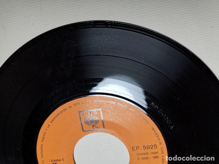 Discos de vinilo: MAHALIA JACKSON - WHITE CHRISTMAS + 3 - EP 5925 CBS 1966 - Foto 4 - 197761900
