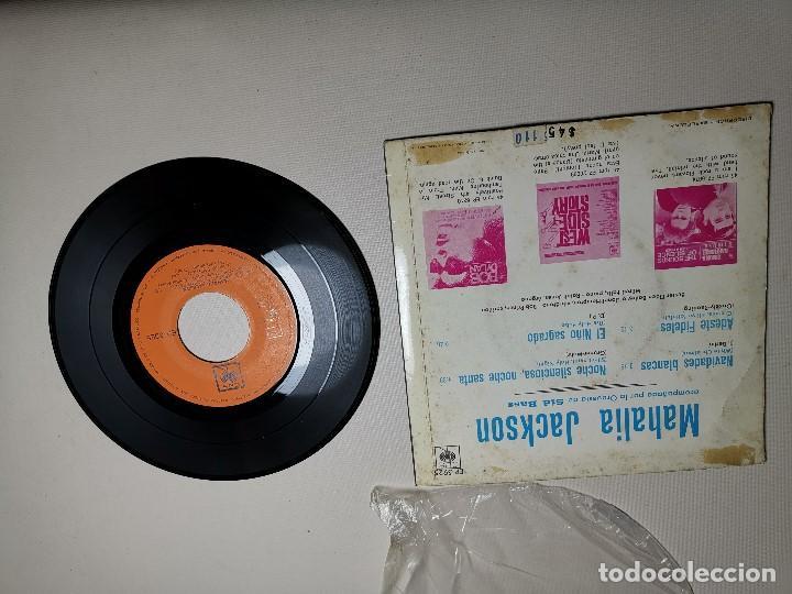 Discos de vinilo: MAHALIA JACKSON - WHITE CHRISTMAS + 3 - EP 5925 CBS 1966 - Foto 6 - 197761900