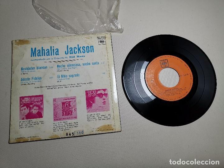 Discos de vinilo: MAHALIA JACKSON - WHITE CHRISTMAS + 3 - EP 5925 CBS 1966 - Foto 7 - 197761900