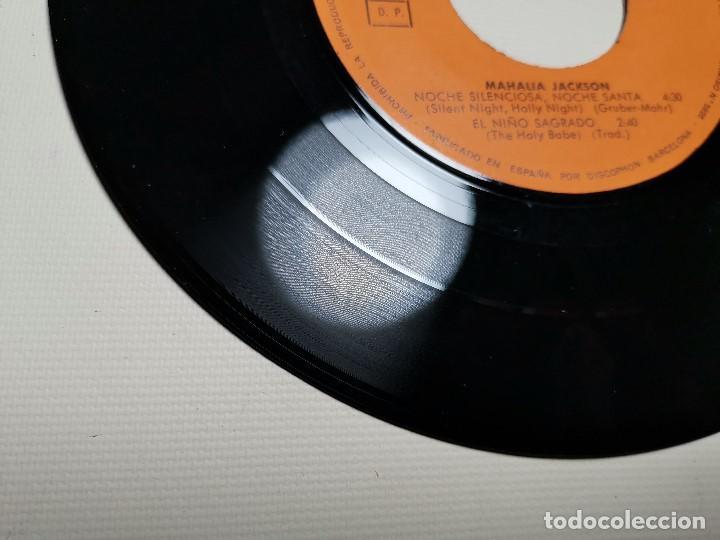 Discos de vinilo: MAHALIA JACKSON - WHITE CHRISTMAS + 3 - EP 5925 CBS 1966 - Foto 10 - 197761900