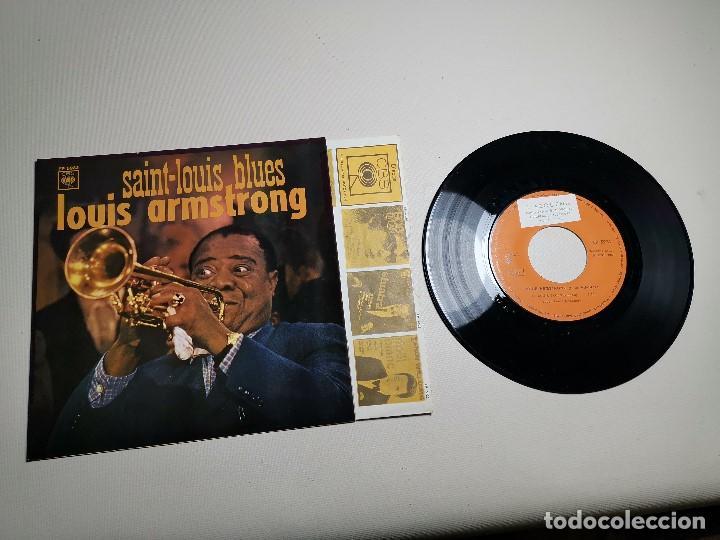 Discos de vinilo: LOUIS ARMSTRONG / LA CUCARACHA / OLD MAN MOSE + 2 (EP 1965) - Foto 2 - 197763876